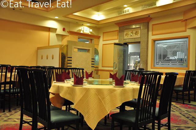 888 Seafood Restaurant Interior