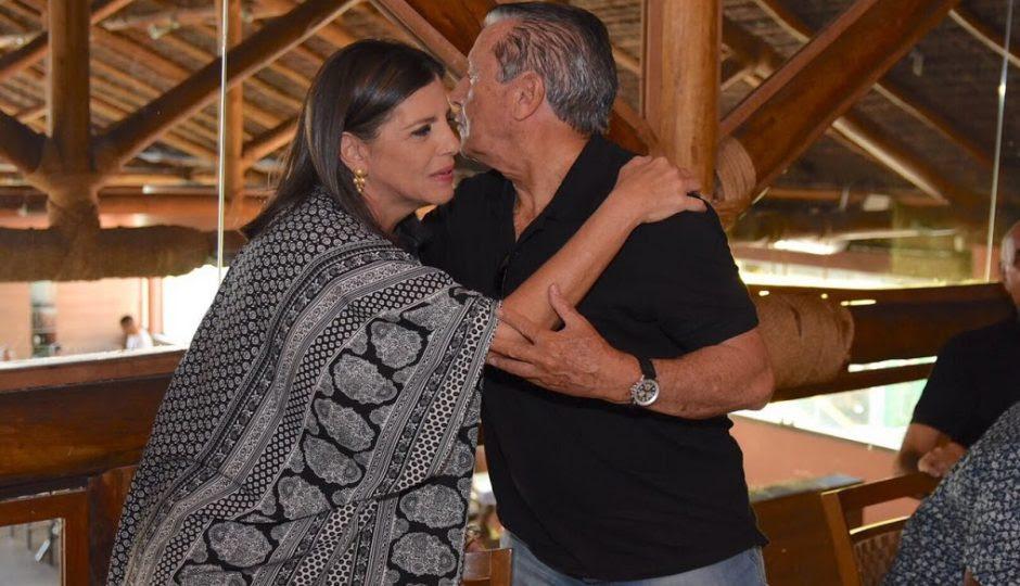 Zé Reinaldo surfa em encontro com Roseana após ser esnobado pelo Palácio