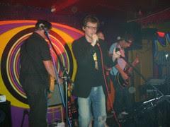 Ed Byrne sings!