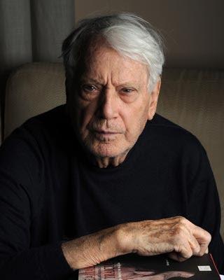 El escritor Jorge Semprún.-