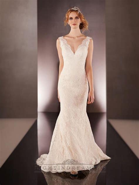Lace Straps V neck Lace Wedding Dresses With Low V back