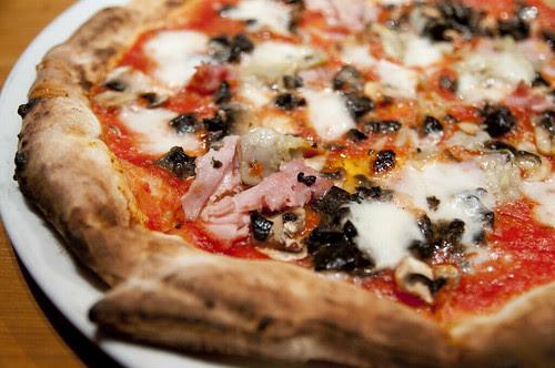 Capricciosa, Pizza Salvatore Cuomo, Yoyogi