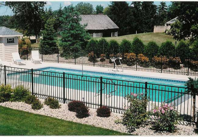 Fence around Inground Pool Landscaping Ideas