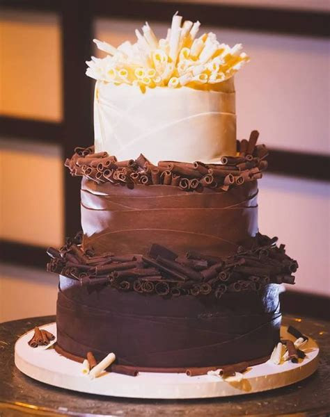 Chocolate Wedding Cakes for Fall Weddings sure to surprise
