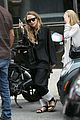 mary kate ashley olsen out in nyc 02