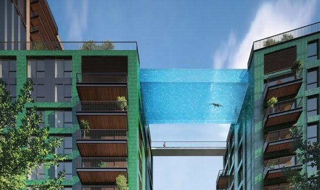 В жилом небоскребе Лондона появился гигантский водяной мост