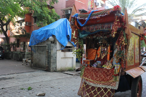 The Moving Temple On Wheels by firoze shakir photographerno1