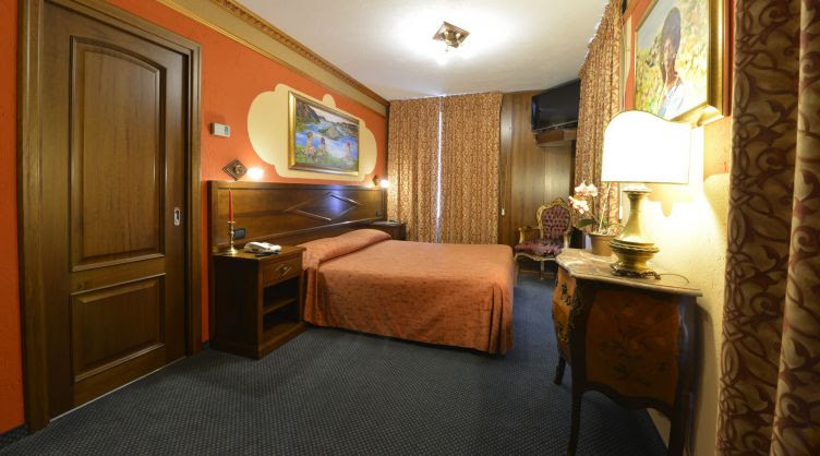 Promo [70% Off] Nord Hotel Italy | Trident Hotel Udaipur ...