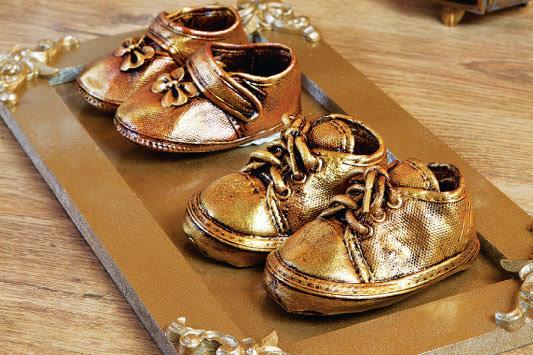metalik-boya-ayakkabi-yanileme-ani