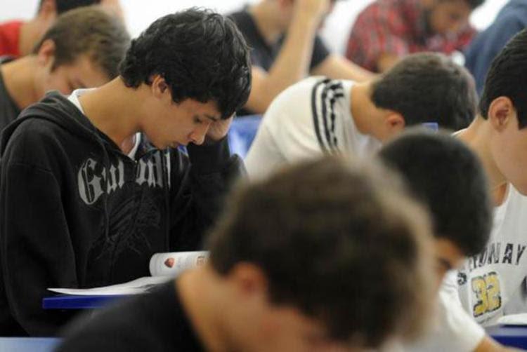 No total, 75 mil novas vagas serão oferecidas aos estudantes que procuram financiamento - Foto: Wilson Dias | Agência Brasil
