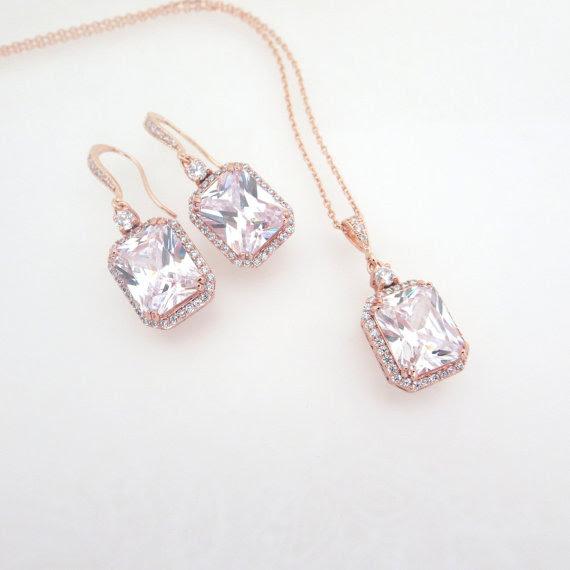 Resultado de imagen para simple bridal jewelry