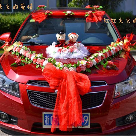 Wedding Car Decoration for 2017: Simplicity in an Elegant