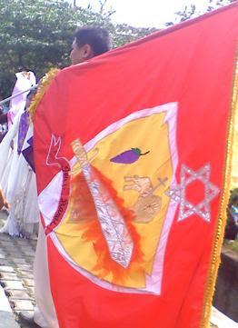http://voa-islam.com/photos/mumtaz/formasi-salib-bekasi-3.jpg