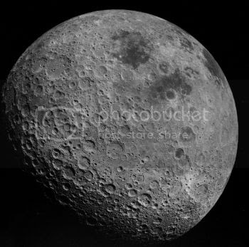 photo Back_side_of_the_Moon_AS16-3021.jpg