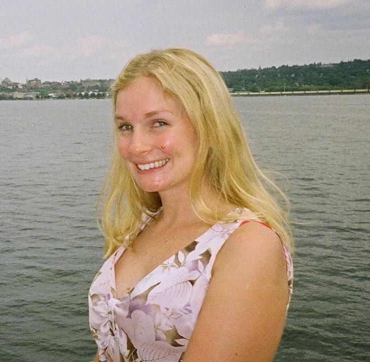 Nadine Unger