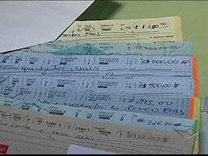 Cheques sem fundos no Espírito Santo (Foto: Reprodução / TV Gazeta)