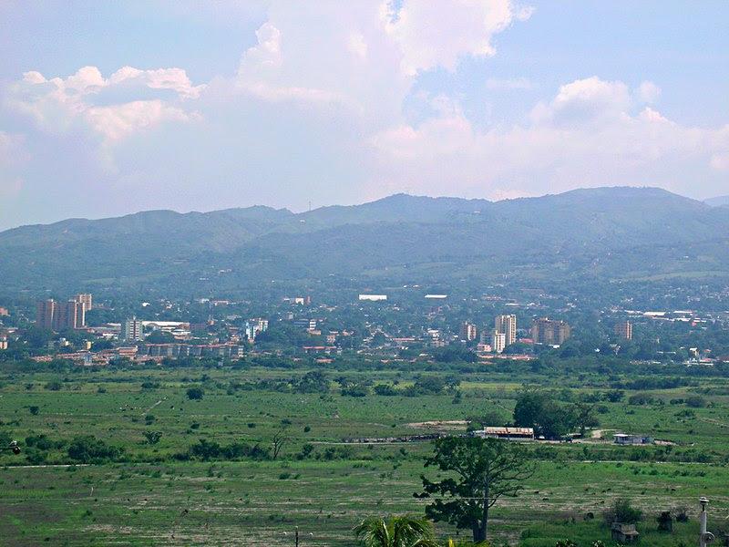 File:Valle del Turbio y Tarabana.jpg