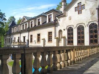 Nawojowa Pałac Stadnickich