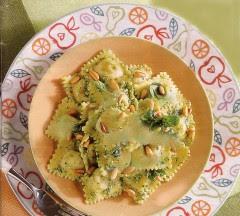 ravioli di magro con pesto di spinaci.jpg