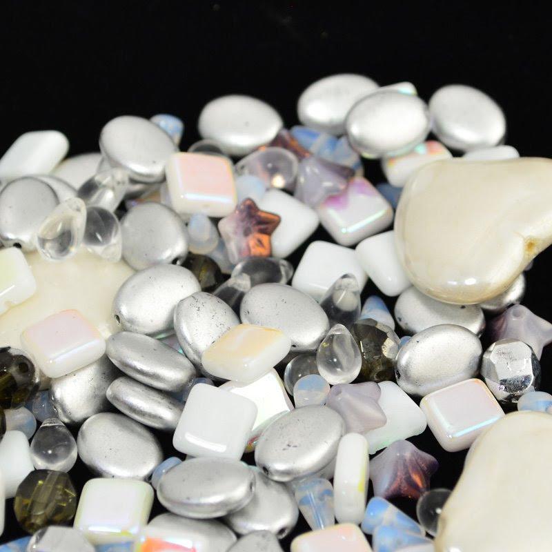 s45074 BeadFX Bead Mix -  Czech Glass and Firepolish Mix - Snow Business (Pack)