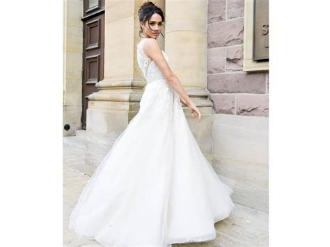 Meghan Markle Wedding Dress Style: Will She Wear Anne