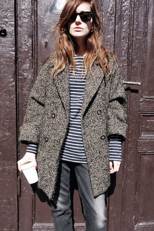 Le Fashion Blog Fall Weekend Style Ray Ban Wayfarer Sunglasses Chunky Coat Striped Long Sleeve Tee Faded Denim Via Emma Elwin