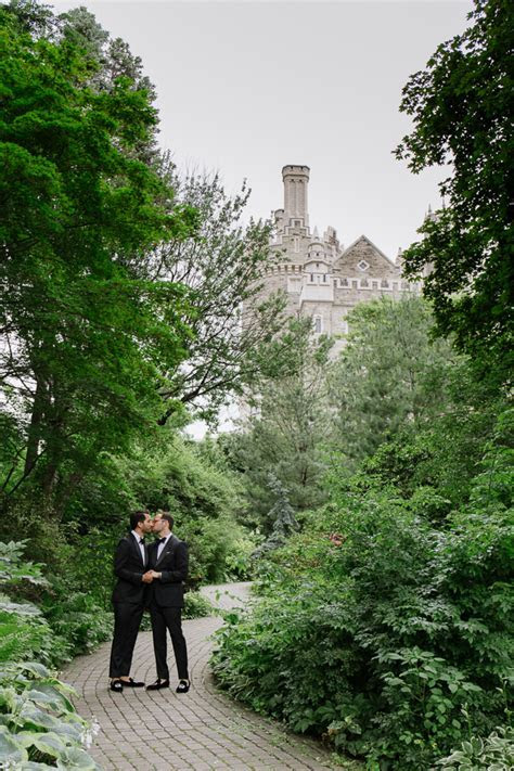 Bright And Colourful Casa Loma Wedding   Toronto Wedding