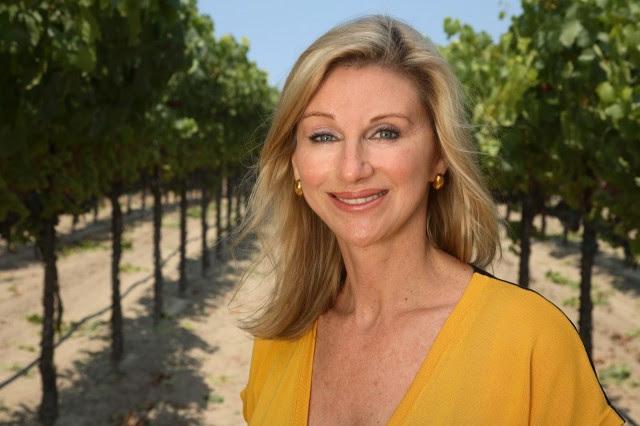 Debra Meiberg MW, φωτογραφίας: HK Wine Times