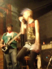 Blurry Singer