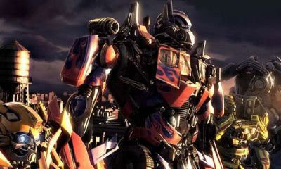 Cool artwork depicting Optimus Prime and his entourage.