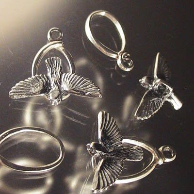 s20013 Sterling - Toggle Clasp -  When the Swallows come back to Capistrano - Sterling (1)