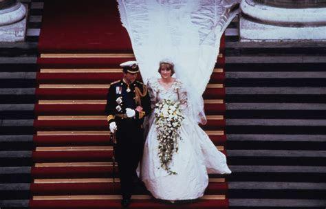 Princess Diana walks down aisle in bridal gown by David