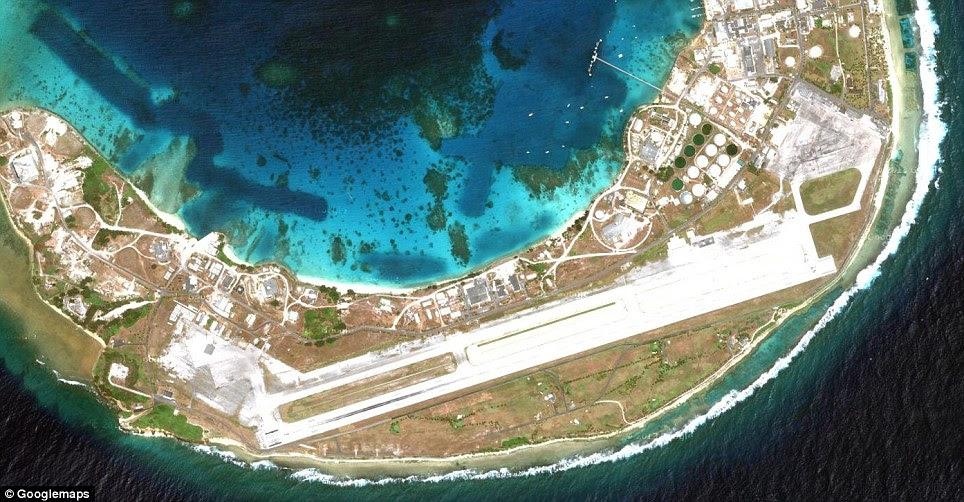 Bucholz Army Airfield: O aeródromo está localizado na ilha de Kwajalein, Ilhas Marshall. Sua posição é ideal para reabastecimento durante os voos trans-Pacífico, eo aeroporto está disponível para os civis através Air Ilhas Marshall e United Airlines