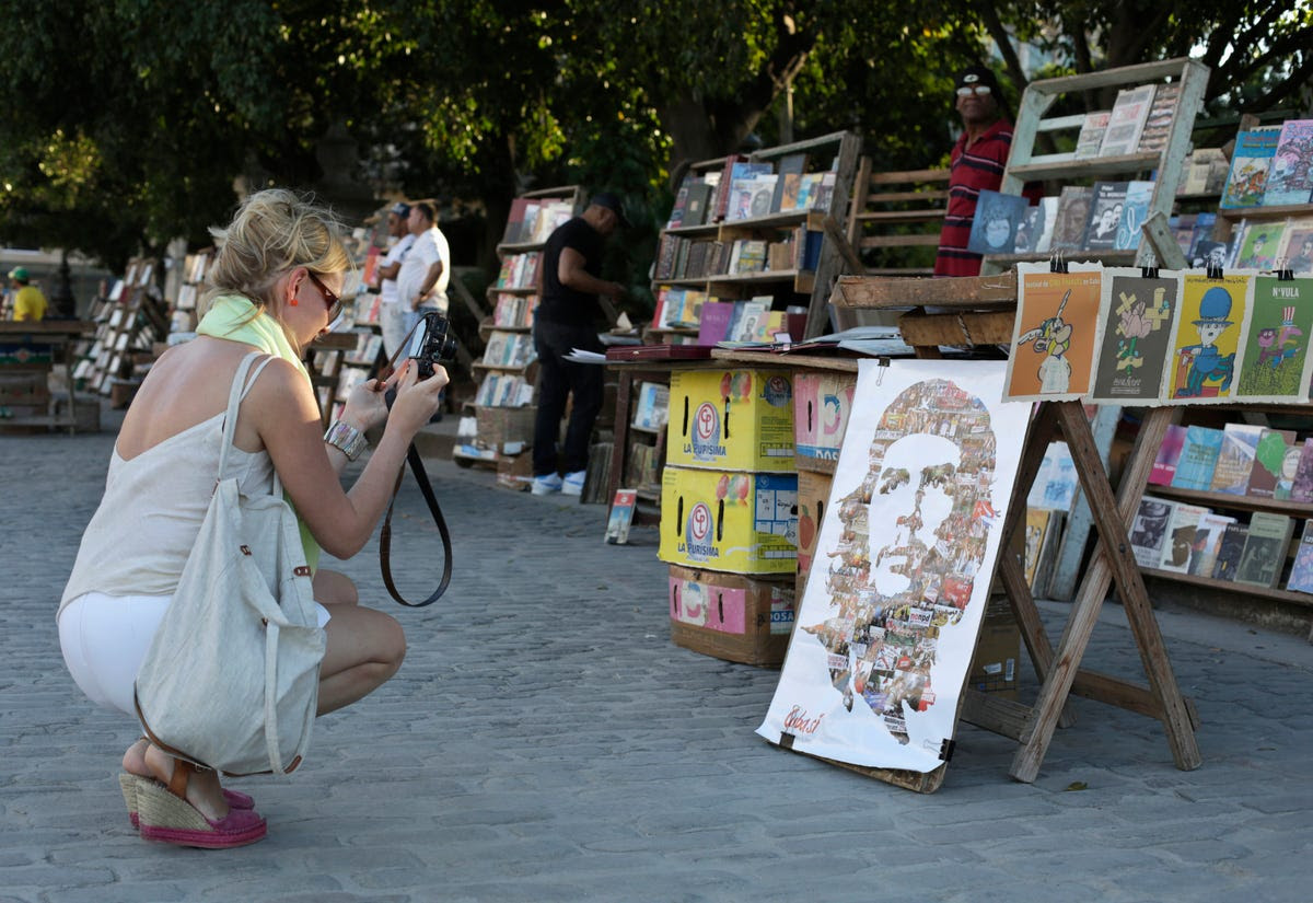 From Havana's National Museum of Fine Arts to the smaller art markets in the streets, tourists can find beautiful and colorful art all across the city.