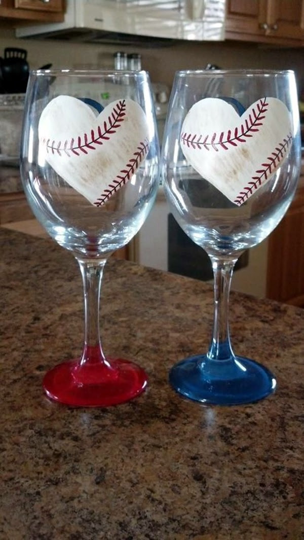 Artistic wine glass painting ideas (34)