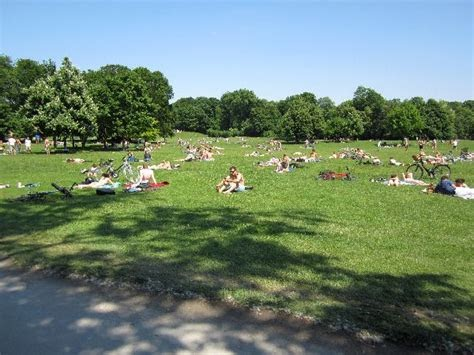 Englischer Garten Nackerte | DE Garten