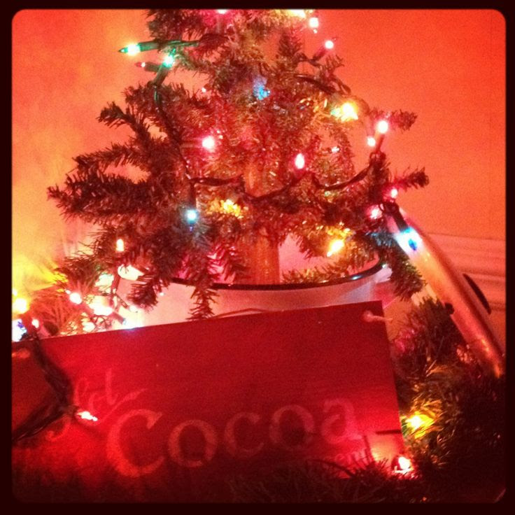 Cozy Christmas decor  CHRISTmas!  Pinterest