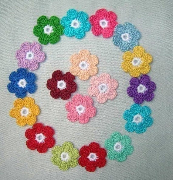 18 Crocheted  multi color   Daisy flowers  for appliques/cards/scrapbookings,crafts