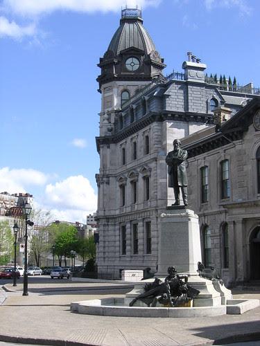 old port statue in square