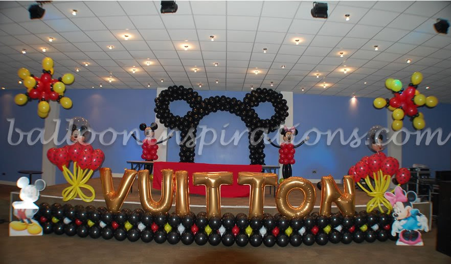 kid's birthday party - Mickey Mouse themed party decoration