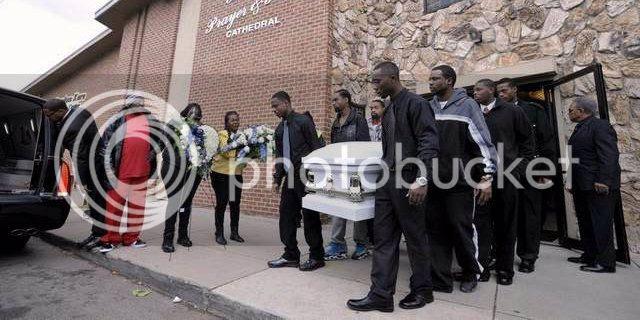 photo Renisha-McBride-funeral.jpg