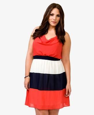 Vestido de rayas en tallas grandes
