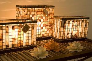 Luminárias feitas com o filtro do café usado e  estrutura de ferro tratada