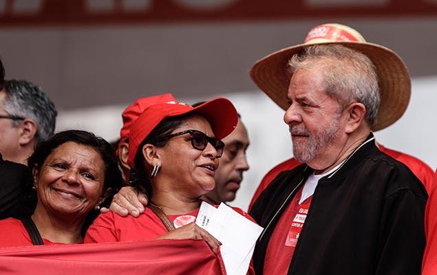 O ex-presidente Luiz Inácio Lula da Silva em ato da CUT e centrais sindicais no centro de SP