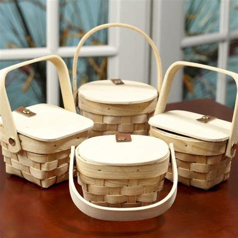 Small Wooden Picnic Basket   Doll Accessories   Doll