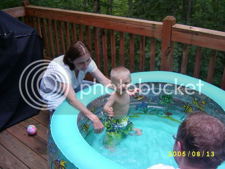 G taking a dip