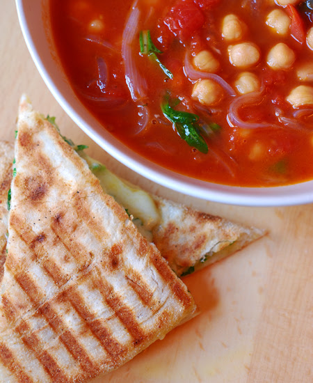 Spicy Chickpea and Onion Soup