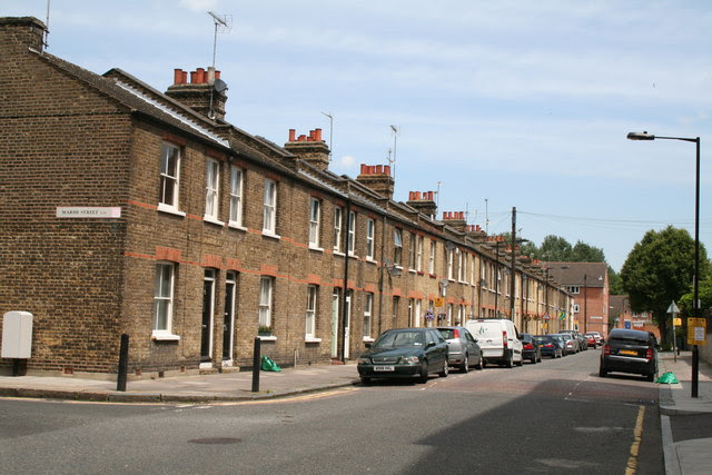 Isle Of Dogs Terrace Houses On Dr Neil Clifton