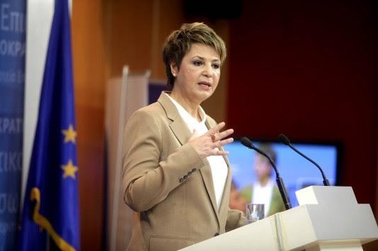 Μπλόκο μέσω... τροχαίας στα τρακτέρ επιχειρεί η κυβέρνηση - Διάγγελμα Τσίπρα με `τυράκι` την μείωση των εισφορών