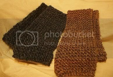 Homespun Yarn Knitting Patterns : Auntie Suzanne Blogs It All: Homespun Scarf On the Knifty Knitter